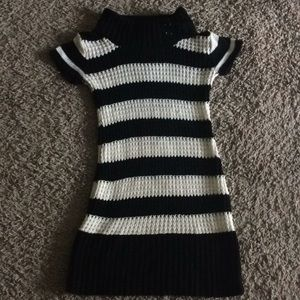 Other - Pretty white and black dress for kids